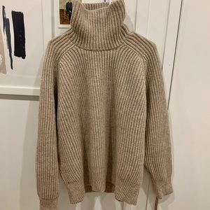 AMI Roll-Neck Ribbed Wool Sweater